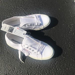 Superga Women's 2750 Cotu Classic White
